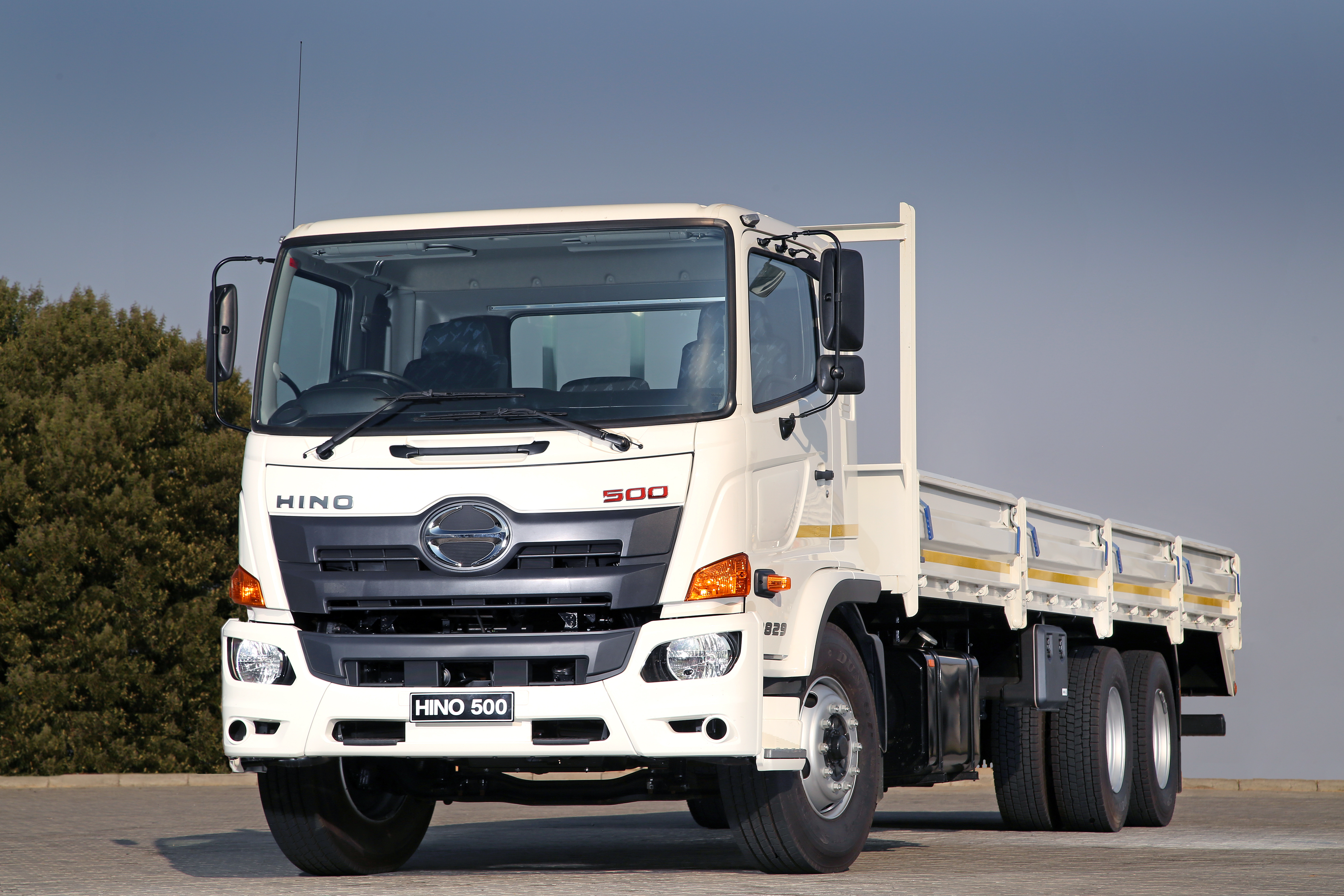 STRONG DEMAND FOR HINO TRUCKS WITH AUTOMATIC TRANSMISSION