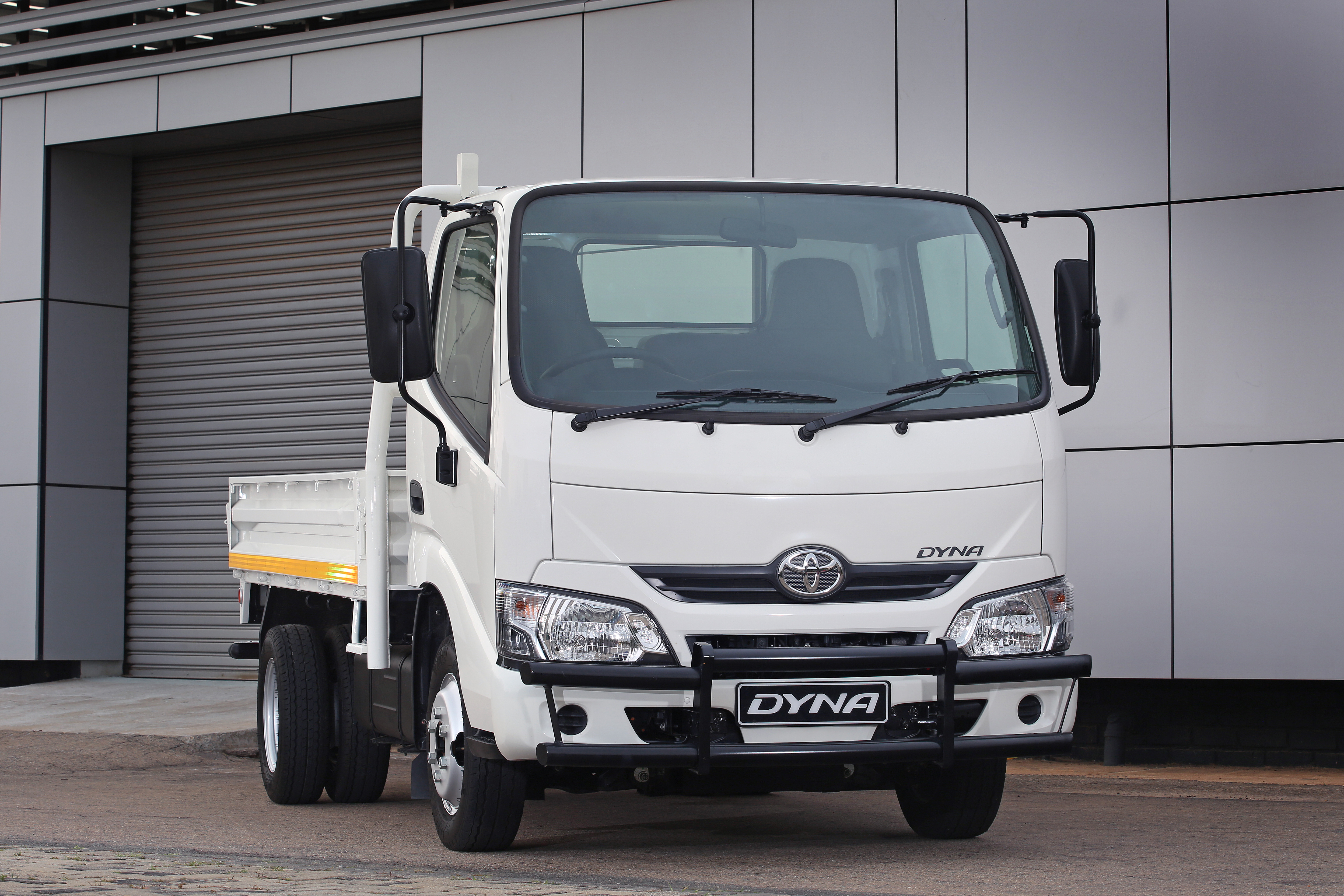 TOYOTA DYNA MOVES INTO LIGHT COMMERCIAL VEHICLE CATEGORY